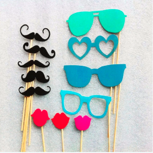 Great 60Pcs Props Photo Booth Funny Selfie Stuff for Wedding Birthday Party Events